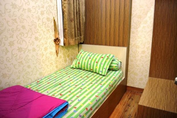 Single size 90 cm x 200 cm bed dimensions