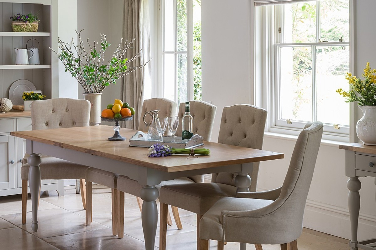 malvern extending dining table