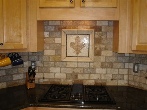 stone kitchen backsplash ideas for dark cabinets