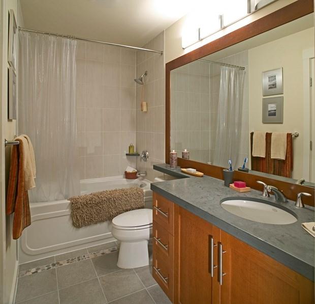 outstanding diy remodel bathroom